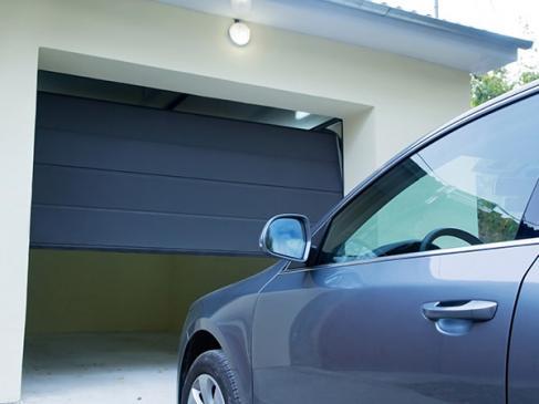 Installation de porte de garage - Entreprise TTI